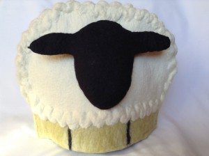 Tea cosy Razaan sheep