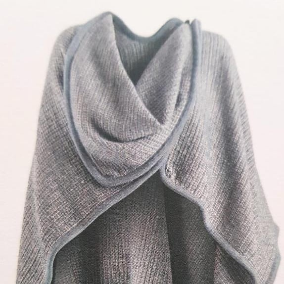 Wool and linen poncho in light grey